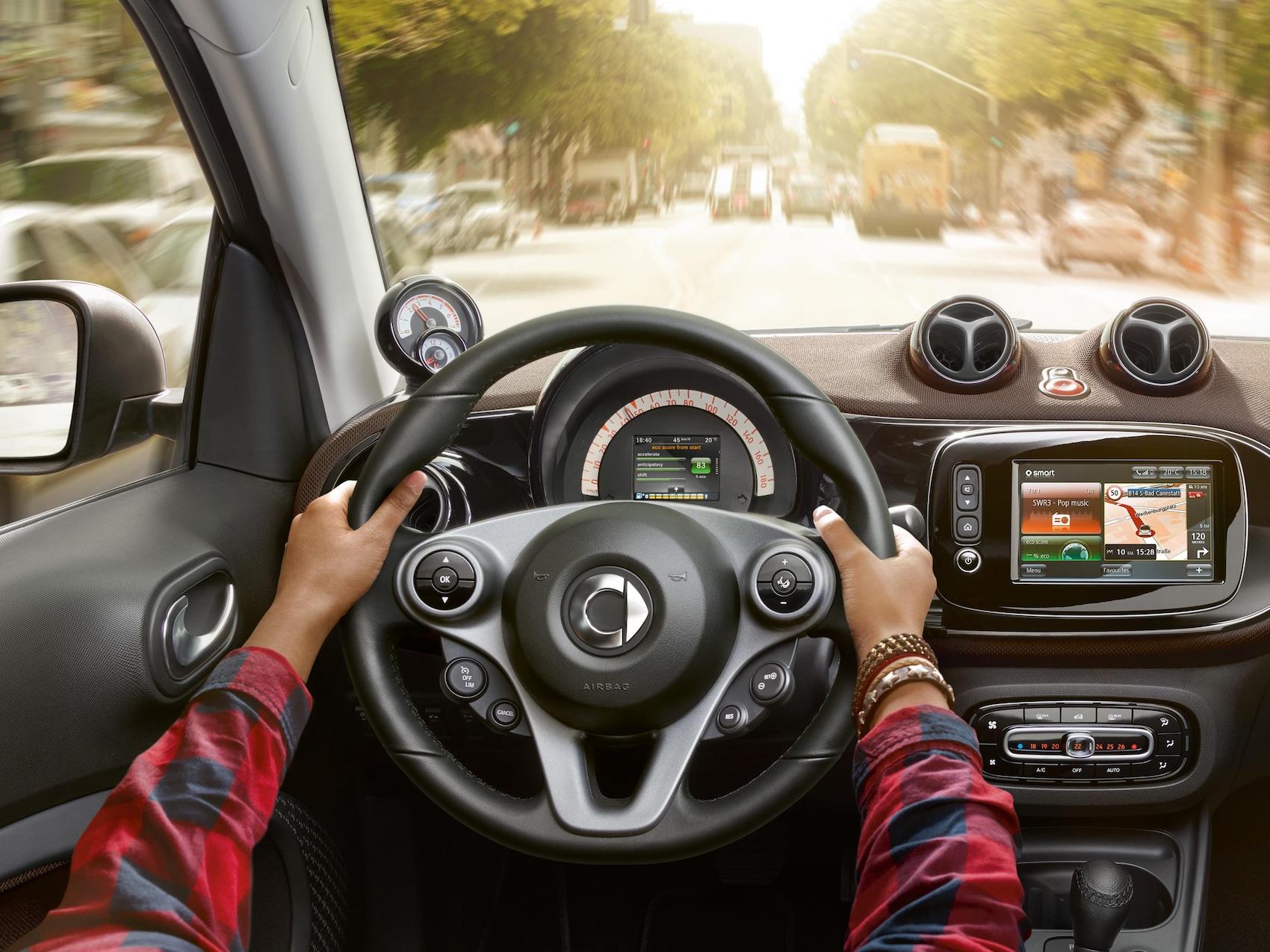 """A imagem mostra o programa de troca de velocidades """"Comfort"""" dos modelos da smart."""