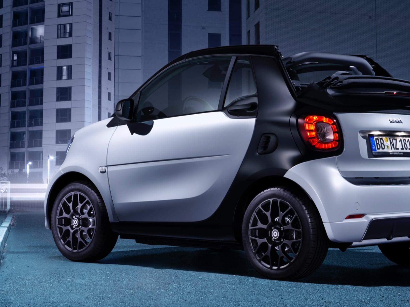 smart-fortwo-cabrio-edition-urbanshadow_B_Card_Intro