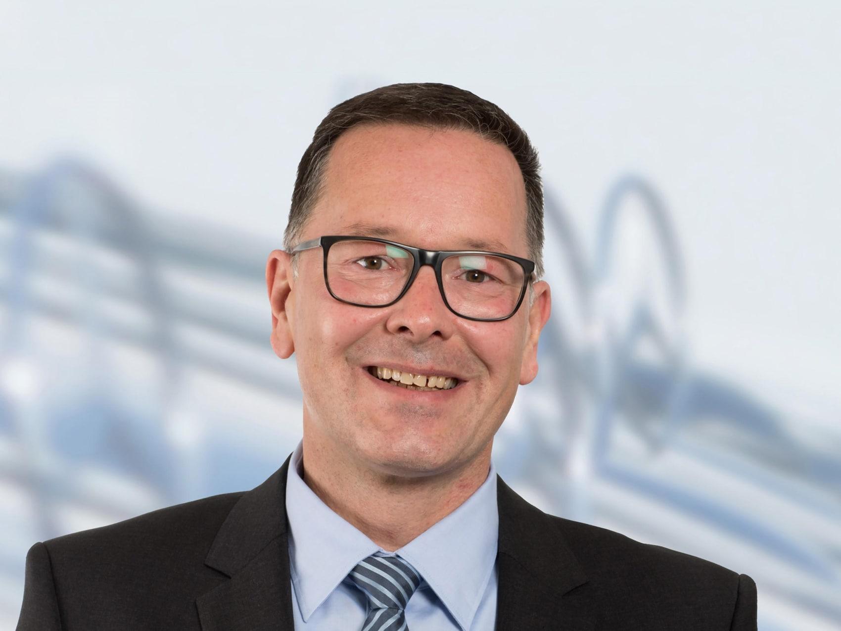 smart Center Hamburg-Bergedorf - Mitarbeiter: Robin Biewald