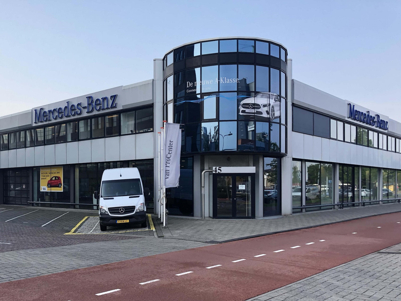 Mercedes-Benz vestiging Leiden