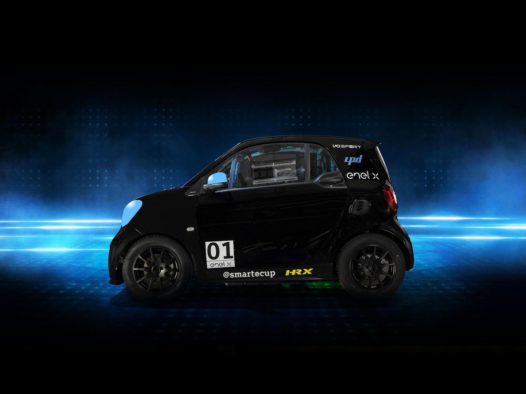 Una delle smart EQ fortwo che partecipa alla smartecup 2020