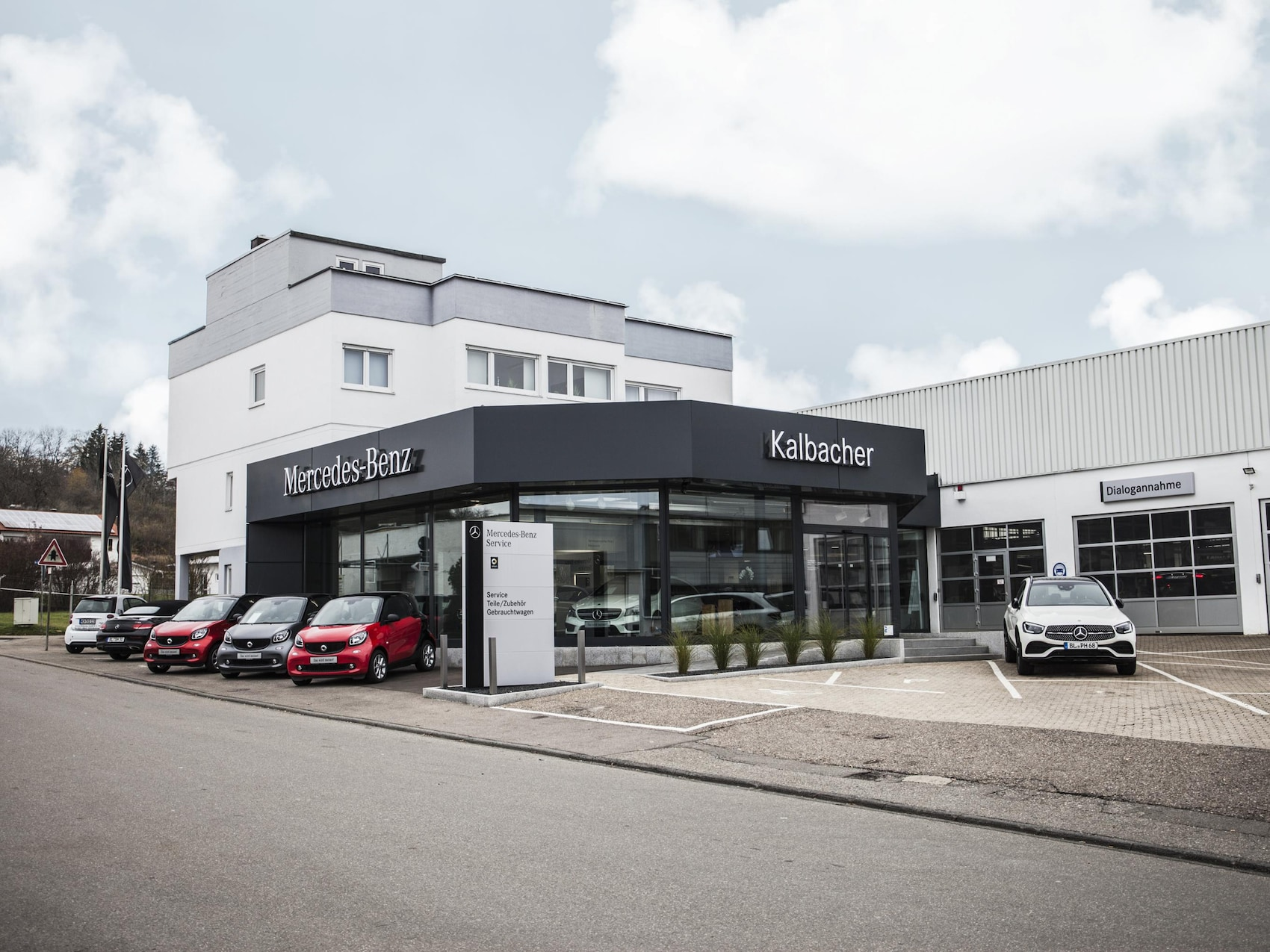 sSP-Autohaus-Kalbacher_Home_Bühne