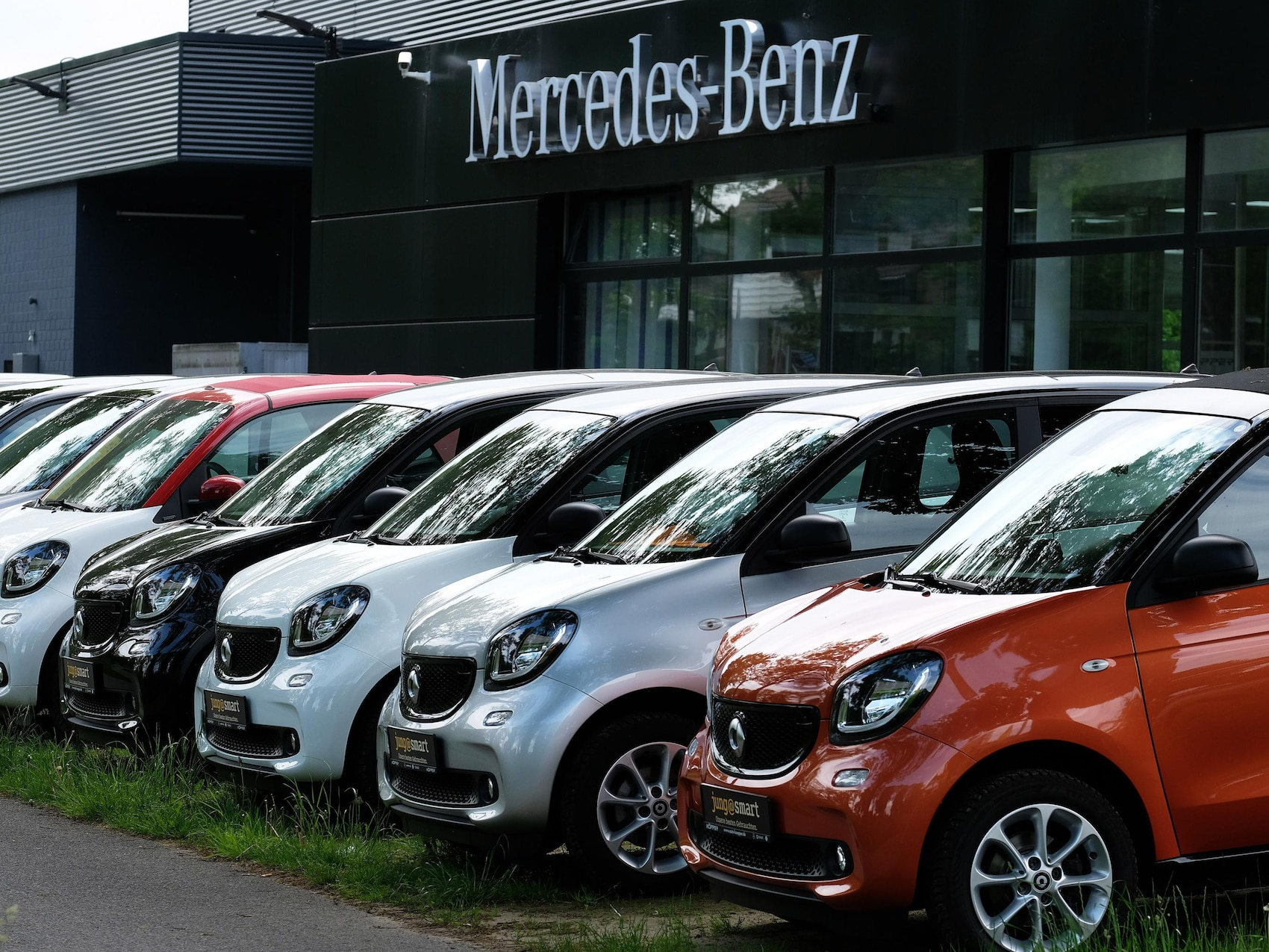 Autohaus Herbert Koepper Außenansicht Autohaus